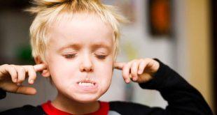 صوره التعامل مع الطفل العنيد , الطريقة الصحيحة للتعامل مع الاطفال العنيدة
