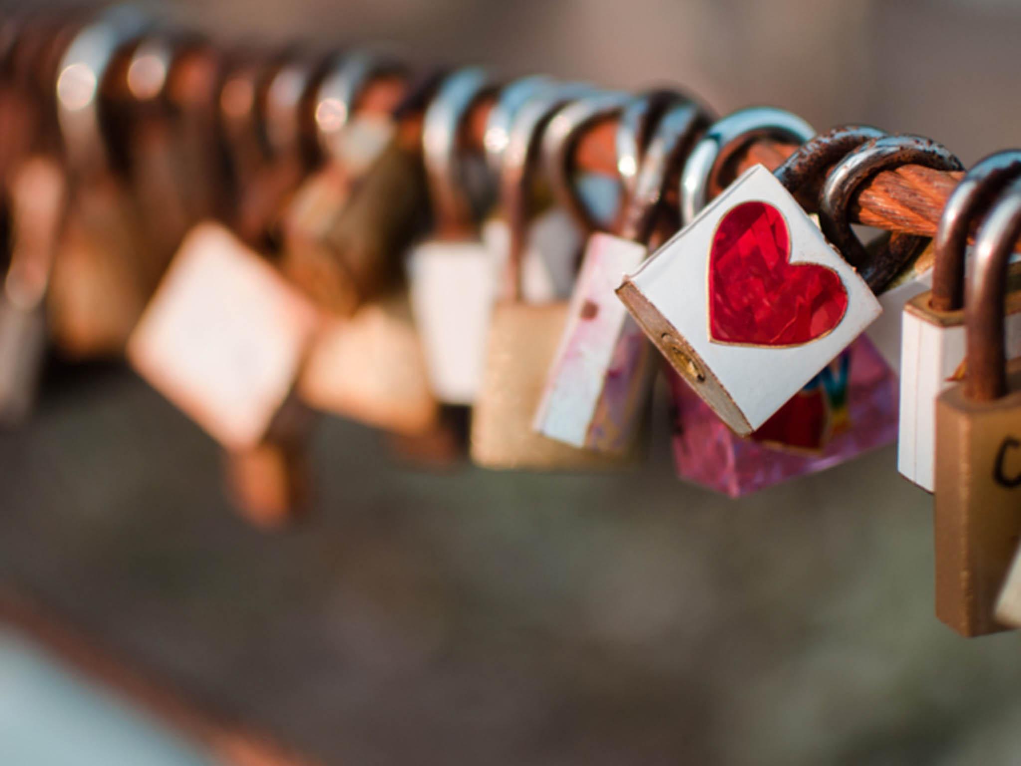 بالصور كلمات حب رومانسية , اجمل كلمات الحب والرومانسيه 1210 7