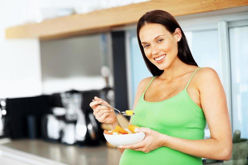 بالصور تغذية الحامل في الشهر الاول , تغذيه المراءه الحامل في الشهر الاول 2739 1