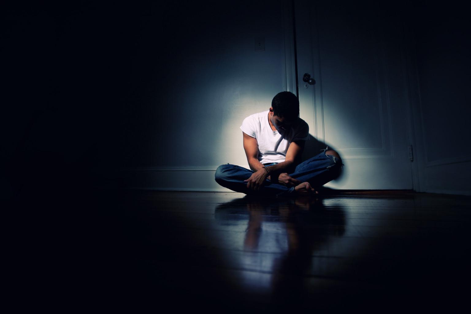 صوره اعراض الاكتئاب , اسباب الاكتئاب واعراضه وطرق علاجه