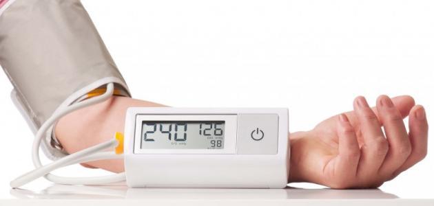 بالصور اعراض ارتفاع ضغط الدم , كيف تعرف ان ضغط الدم مرتفع 2823 2