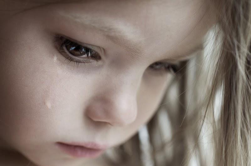 بالصور صور اطفال حزينه , اطفال بريئة حزينة 5367 1