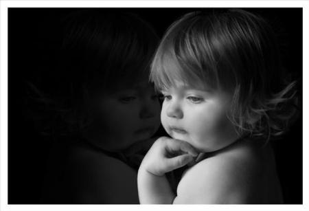 بالصور صور اطفال حزينه , اطفال بريئة حزينة 5367 2