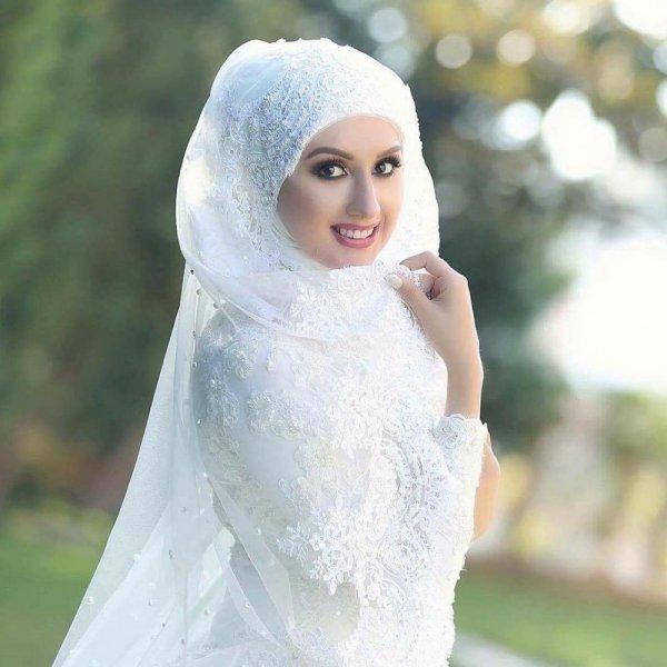 بالصور فساتين اعراس للمحجبات , صور اجمل عروسه محجبه 5407 1