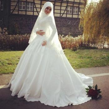 بالصور فساتين اعراس للمحجبات , صور اجمل عروسه محجبه 5407 6