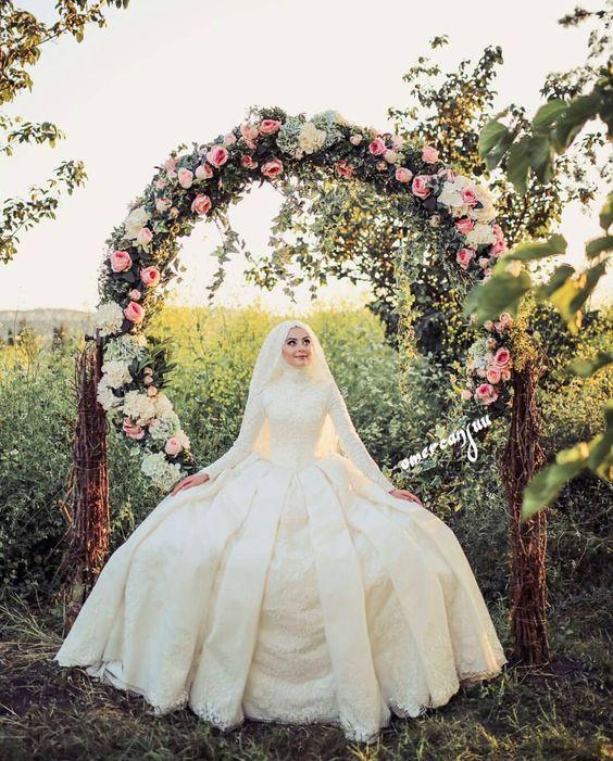 صور فساتين زفاف للمحجبات , كونى اميرة بفستان عرسك الرائع