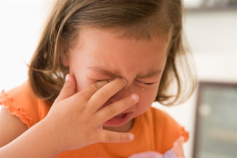 صورة طفلة تبكي , عيون البنت تجرح القلب