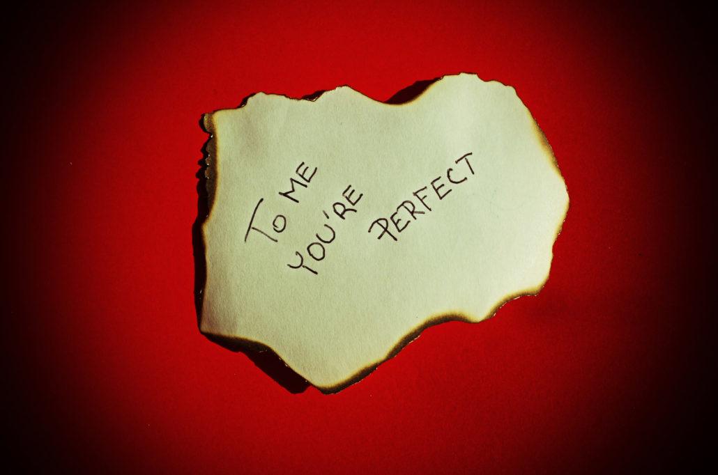 بالصور عبارات قصيرة عن الحب , اسمي مشاعر في الوجود 6146 6