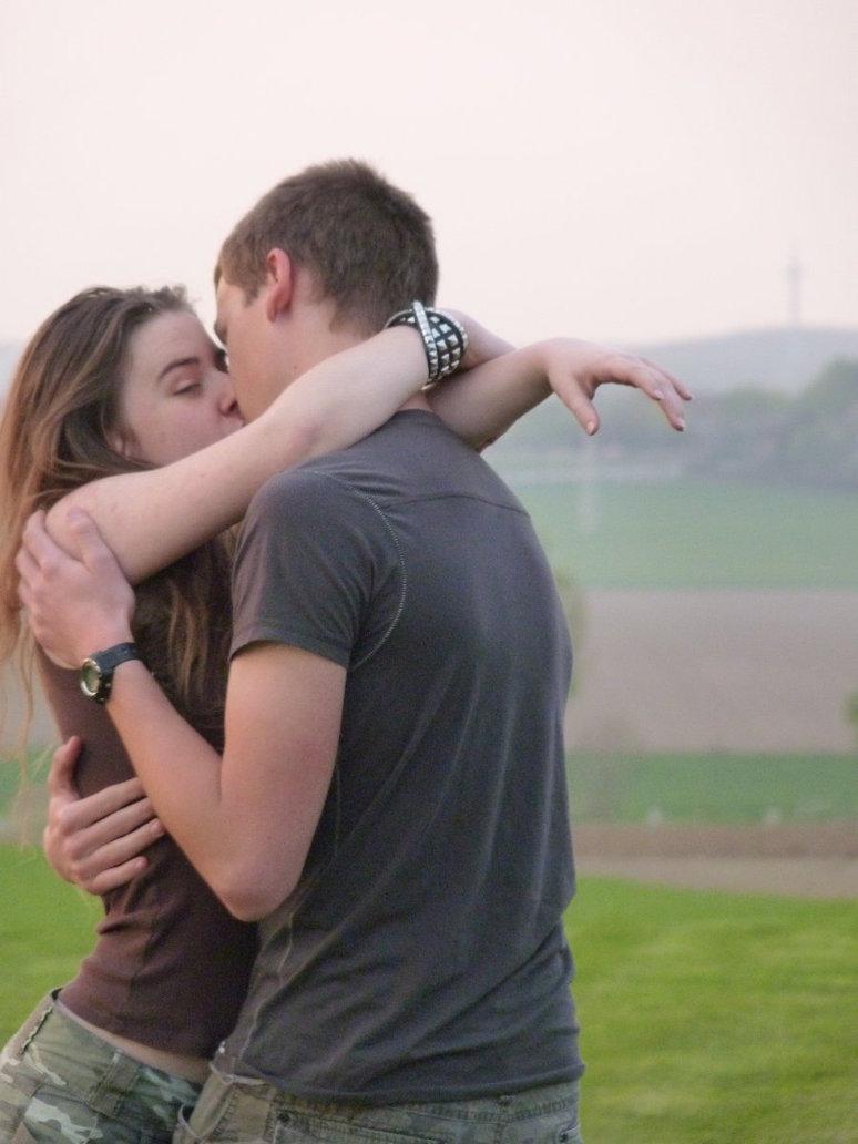 صورة صور بوس رومانسي , اجمل صور الحب الرومانسية 3186 3