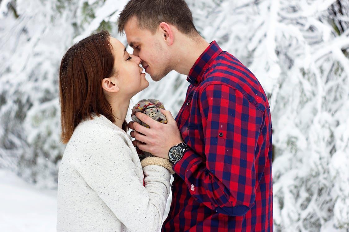 صورة تحميل صور رومانسيه , رومنسيات جميله فى صورة