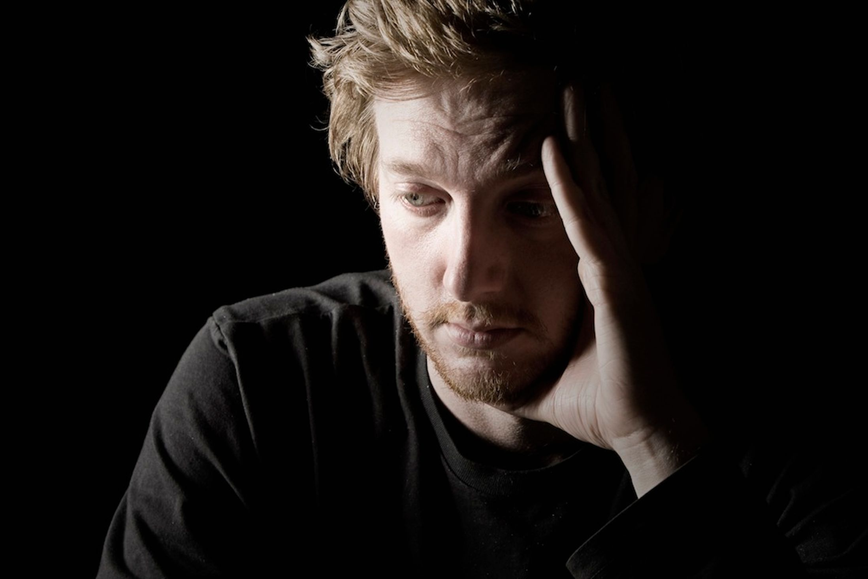 بالصور صور شخص حزين , الحزن والبكاء فى صوره 4698 10