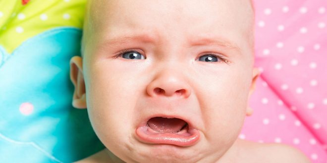 بالصور بكاء طفل , كيف تتعاملين مع بكاء رضيعك 1085 3 660x330