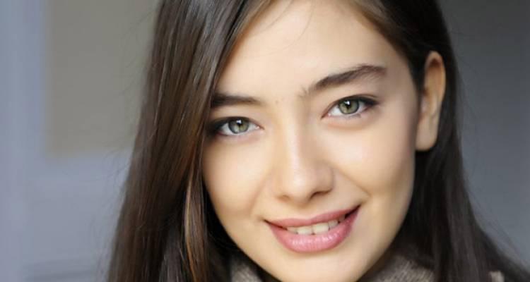 بالصور اجمل ممثلة تركية , المع ممثله تركيه في عام 2019 2225 4