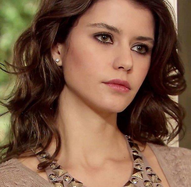 بالصور اجمل ممثلة تركية , المع ممثله تركيه في عام 2019 2225 8