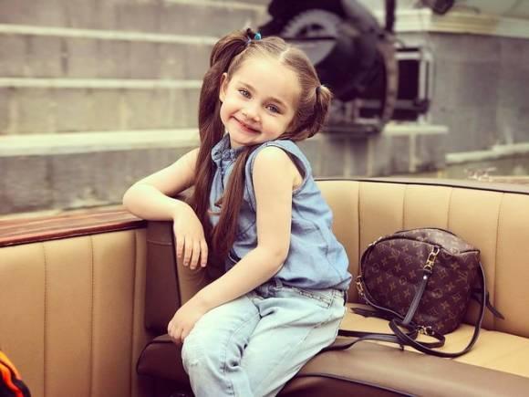 صورة اجمل صور اطفال بنات , طلات بنوتات تجنن