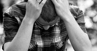 صورة صور شاب حزين , رمزيات لاولاد فى قمة الحزن