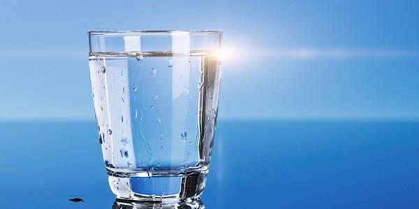 صورة فوائد شرب الماء , اهمية تناول المياه للصحه