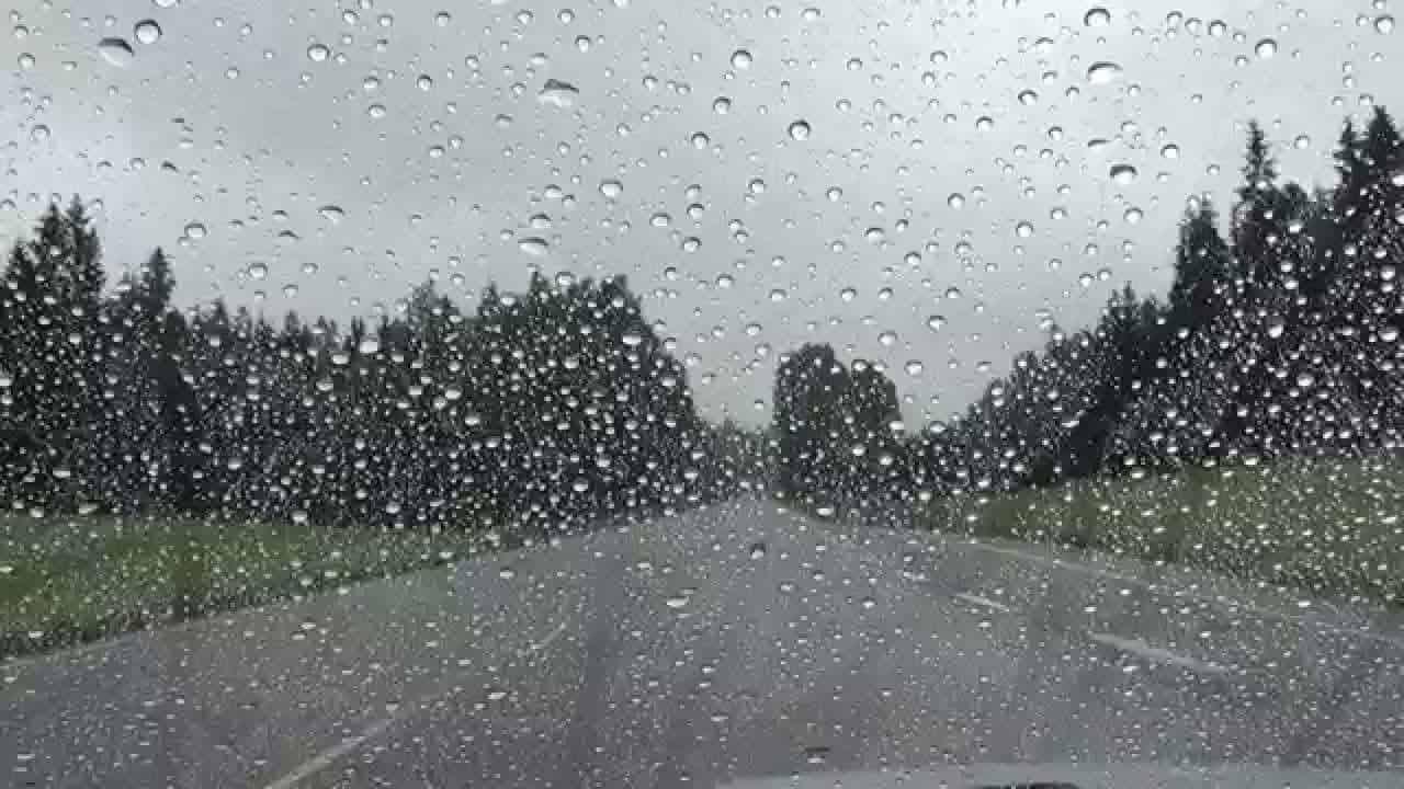 صورة تفسير حلم المطر الكثير , تفسير رؤية المطر الكثير بالمنام