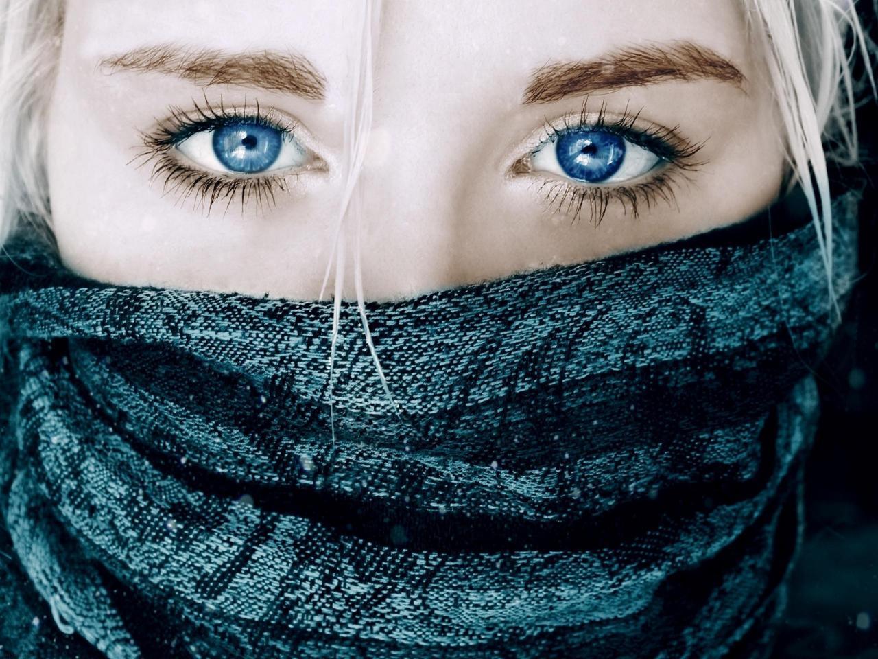 Image result for صور بنات عيون زرقاء