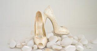 الحذاء في المنام للمتزوجة , تفسير رؤية الجزمة فى الحلم للمراه المتزوجه