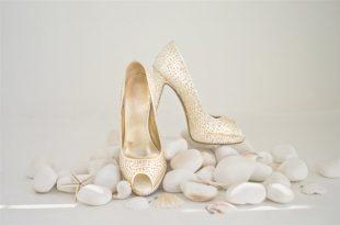 صور الحذاء في المنام للمتزوجة , تفسير رؤية الجزمة فى الحلم للمراه المتزوجه