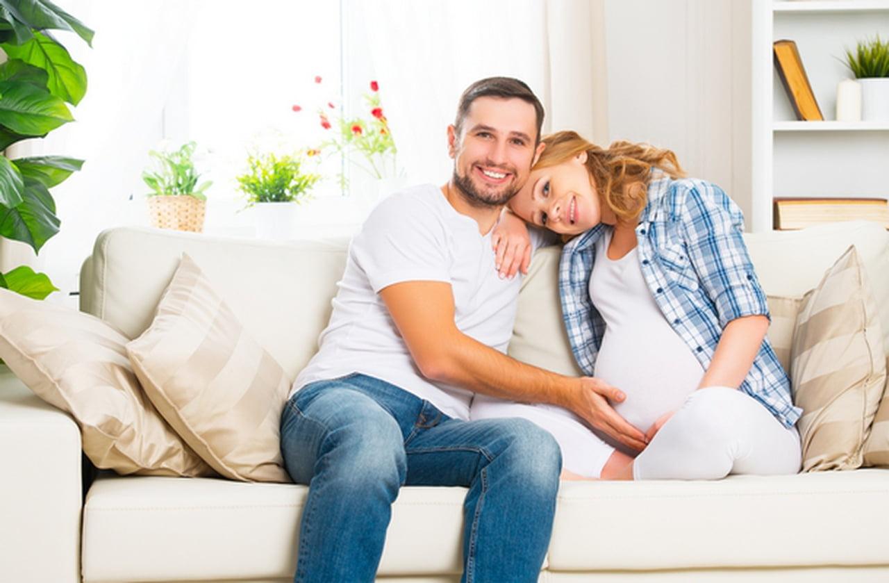 صورة طريقة نوم الحامل مع زوجها , ما هي اوضاع الجماع للحامل
