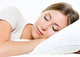 صورة صور عن النوم , فوائد النوم لكي ولبشرتك
