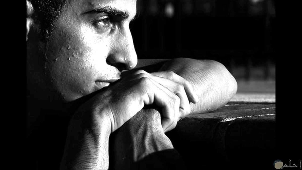 صورة صور شباب حزينه , حزن علي طريقة الشباب