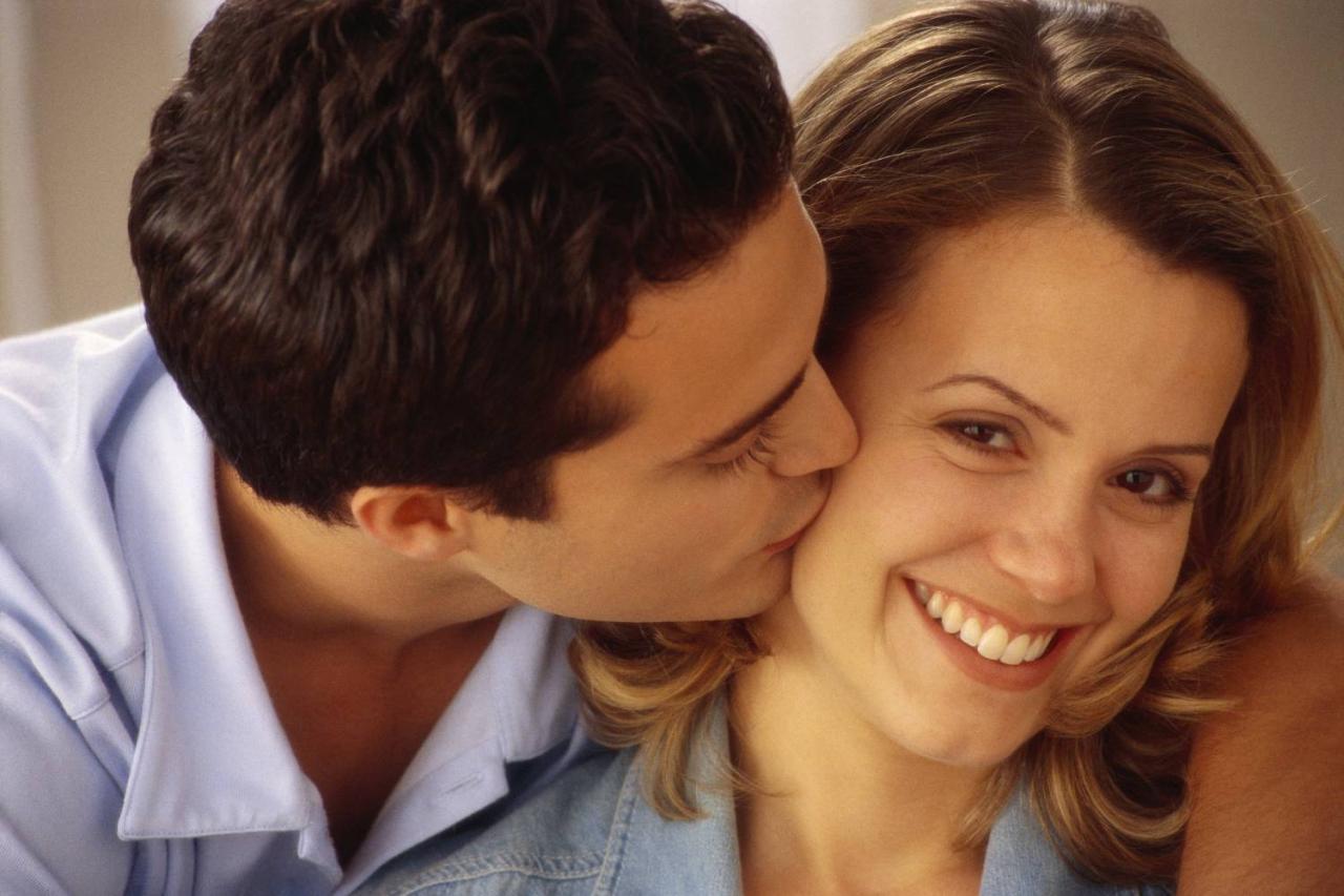 صورة صور بوس ساخنة , تعبيرات عن الحب