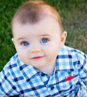 صورة طفل يحمل كل معاني الجمال اطفال صغار حلوين 4284